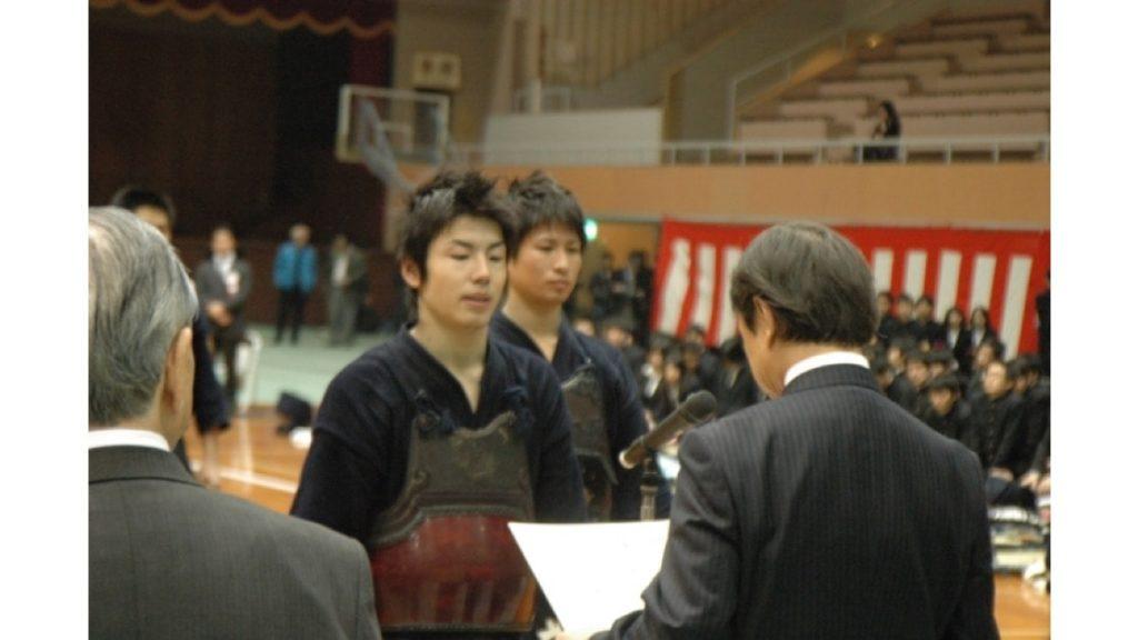 早稲田大学剣道部主将 雨谷